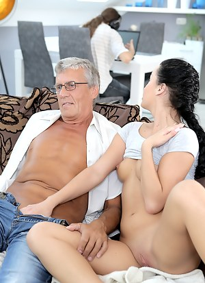 Free Teen Cuckold Porn Pictures